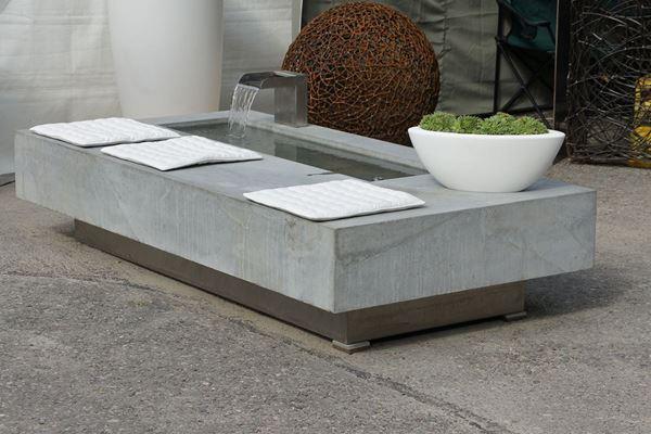 Bild von Betonbrunnen SB mit CNS Wasserschütte
